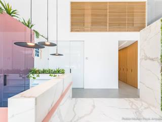Clínica Dental Comisura Hospitales de estilo minimalista de Pablo Muñoz Payá Arquitectos Minimalista