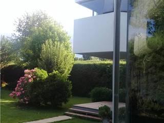 Vivienda en Haras Casas modernas: Ideas, imágenes y decoración de Claudia Di Matteo Arq Moderno