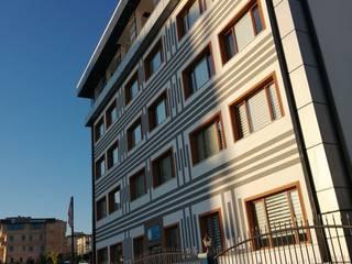 Школы в стиле модерн от Gökçe Yapı Модерн