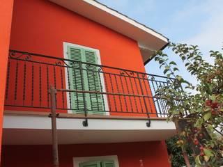 PtrX Studio di Mattia Patrassi Balkon Red