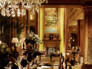 John Chan Design Ltd Livings de estilo clásico Ámbar/Dorado