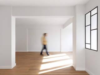 Apartamento Portela II Salas de estar modernas por Archimais Moderno