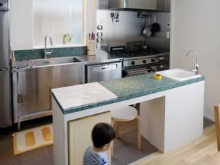 house-tkg 北欧デザインの キッチン の 株式会社ピー・アイ・イー 北欧