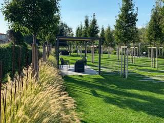 Un parco a Cà del Gusto L'Eden Giardino moderno Metallo