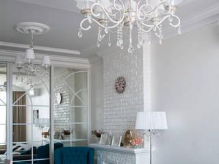 """""""50 оттенков белого"""" или квартира в классическом стиле Гостиная в классическом стиле от дизайнер-ахитектор Катерина Кузьмук Классический"""
