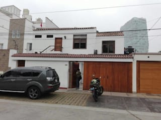Remodelacion de Fachada rzoarquitecto Casas de estilo minimalista