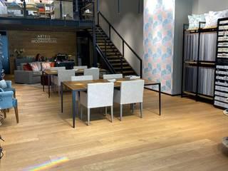 ARTELL Punto Sur GDL Espacios comerciales de estilo industrial de Paola Santarini Industrial