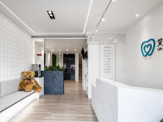 Modern clinics by 存果空間設計有限公司 Modern