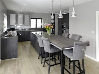 Concrete Graphite kitchen with secret doors PTC Kitchens Modern kitchen Grey