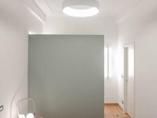 Appartamento in Torino Camera da letto moderna di BULBUS LIGHTING STUDIO Moderno