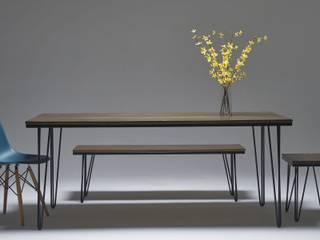 Jehoel's Works – Ahşap Yemek Masası ve Bench: modern tarz , Modern