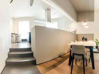 Colori da abitare Sala da pranzo moderna di FAD Fucine Architettura Design S.r.l. Moderno