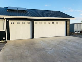 Portones Patagonia Garage Doors Iron/Steel White