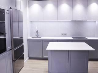 Отделка интерьера трехкомнатной квартиры в Бутово Кухня в стиле минимализм от ВАШ МАСТЕРЪ строительно-отделочная компания Минимализм