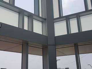 玻璃帷幕 根據 HOYA 電動百葉窗 《 晟弈有限公司 》