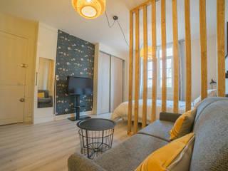 appartement de vacances Salon scandinave par MISS IN SITU Clémence JEANJAN Scandinave