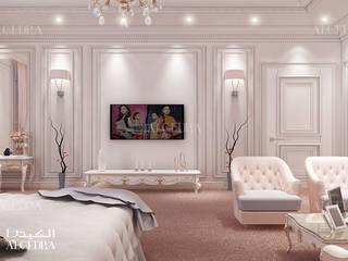 Neoclassic style bedroom design in luxury villa Classic style bedroom by Algedra Interior Design Classic