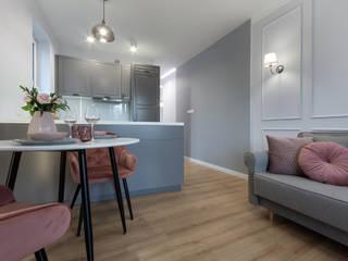 DCODE Emilia Krysińska Projektowanie Wnętrz i Architektura Classic style living room Pink