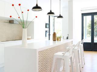 Luis Bivar Hotéis modernos por SGA_ Sylvain GRASSET Architectes Moderno