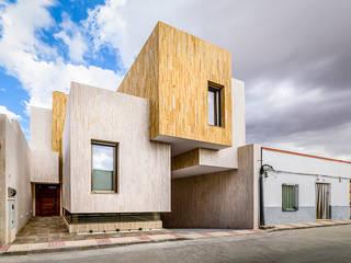 OOIIO Arquitectura Rumah Minimalis Batu Beige