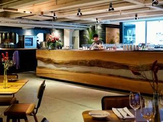 ArboREAL Móveis de Madeira KitchenTables & chairs Kayu Wood effect