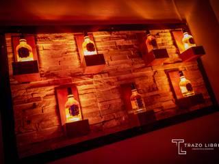 Remodelación Zona VIP ROOM Trazo Libre Arquitectos & Ingenieros SAC Bares y Clubs Compuestos de madera y plástico Ámbar/Dorado