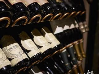 Braceria Bifulco Bar & Club in stile eclettico di michelepiccolo+partners Eclettico