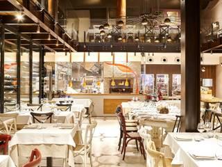 Braceria Bifulco michelepiccolo+partners Gastronomia in stile industrial