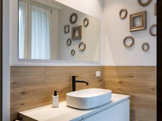 Quando il rivestimento effetto legno è il vero protagonista. Atrio_ abitare bene Bagno moderno