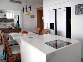 by Remodelar Proyectos Integrales Modern