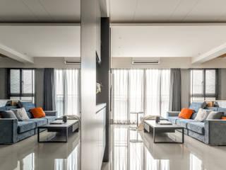 Taichung T-House 现代客厅設計點子、靈感 & 圖片 根據 ZOOM Design 現代風