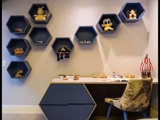 Modern and minimalistic residence design Modern study/office by Rich & Aki Modern