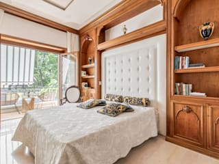 Dr-Z Architects Classic style bedroom Solid Wood Wood effect