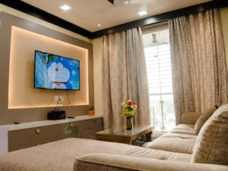 2-BHK Home Interior Design | Homes By HollaHomes.com: classic  by Hollahomes.com,Classic