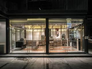 Hypestudio Industrial style walls & floors Metal Amber/Gold