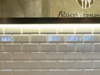 Restaurante A Grelha Espaços de restauração industriais por Projecto 84 Industrial