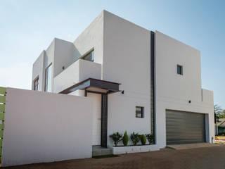 Cluster development in Johannesburg by LEAF Architects Modern