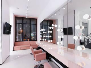 Espaces commerciaux industriels par Zikzak architects Industriel