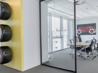 pirelli istanbul genelmüdürlük ofisi püren yurtsever mimarlık dekorasyon inşaat ticaret ltd şti Ofis Alanları