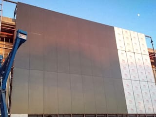 AEROPUERTO INTERNACIONAL DE TIJUANA ALUCOMEX ZONA PACIFICO NORTE Aeropuertos de estilo moderno Aluminio/Cinc Gris