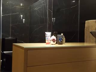 REMODELAÇÃO DE SUITE Casas de banho modernas por CRISTINA AFONSO, Design de Interiores, uNIP. Lda Moderno