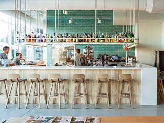 Restaurante Emocions Bares y clubs de estilo mediterráneo de DyD Interiorismo - Chelo Alcañíz Mediterráneo