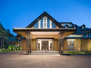 Hôtels modernes par Zikzak architects Moderne