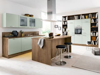 Spitzhüttl Home Company Built-in kitchens Multicolored