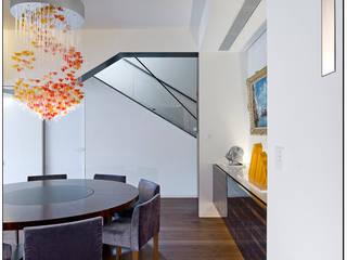 Jason Caroline Design Limited Modern dining room Wood Brown