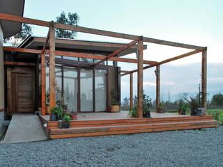 VIVIENDA EN SAN FERNANDO Casas de estilo rural de Olguin Arquitectos Rural