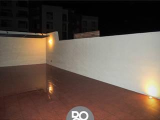 TERRAZA CASA CA Balcones y terrazas minimalistas de DOOR arquitectos Minimalista