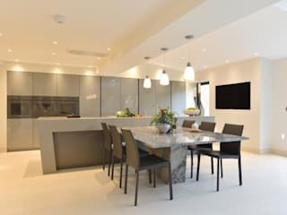 Mr and Mrs Farber Diane Berry Kitchens Built-in kitchens گرینائٹ Grey