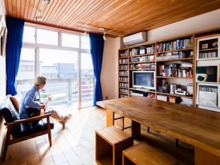 一色の家(リノベーション) 北欧デザインの リビング の a.un 建築設計事務所 北欧
