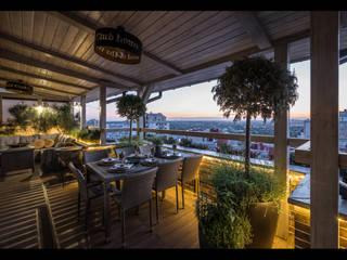 Балконы и веранды в эклектичном стиле от ReinaDesignGroup Эклектичный